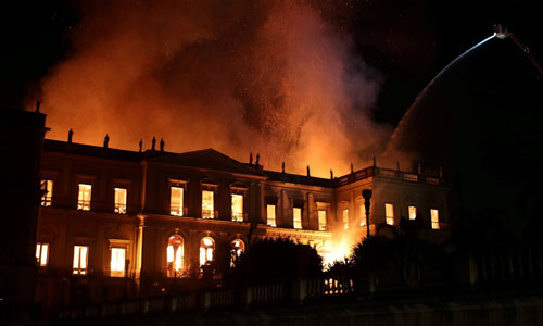 The National Museum of Brazil in Rio de Janeiro on fire